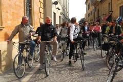 Marche-Pesaro. Parco S.Bartolo con bici. Maggio '15